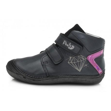 Juodi batai 30-35 d. DA031808C