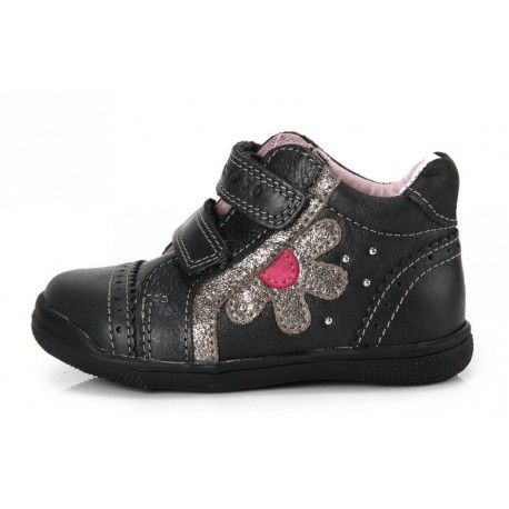 Uždari batai mergaitėms 22-27 d.
