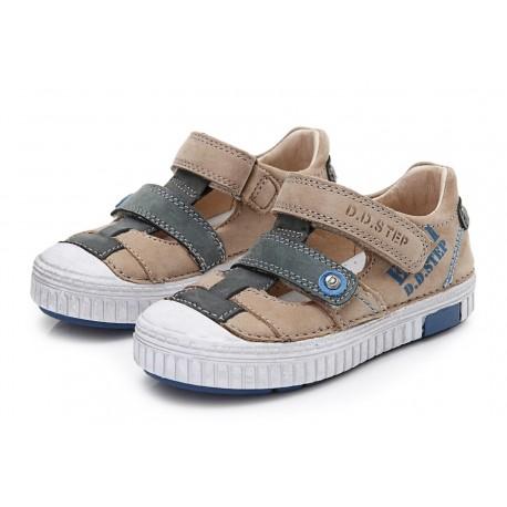 pusiau-atviri-batai-berniukams-id-0338l