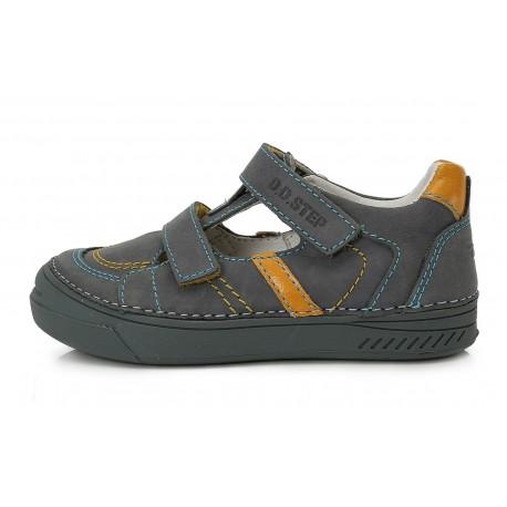 Pilki batai berniukams 31-36 d. 040413L