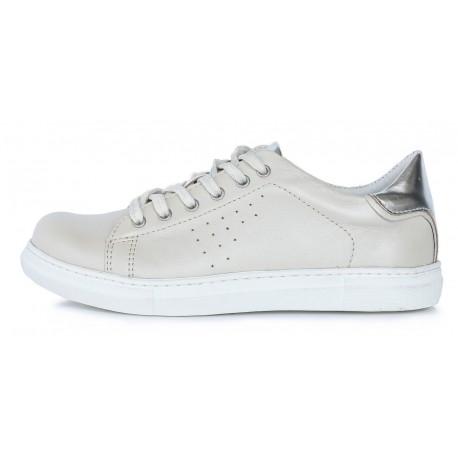 Balti batai 37-40 d. 052-2A