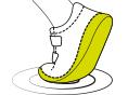 Natūrali oda išorėje Viršutinė bato dalis yra pagaminta iš kruopščiai atrinktos, aukščiausios kokybės odos.